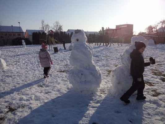 Družinové sněhohrátky