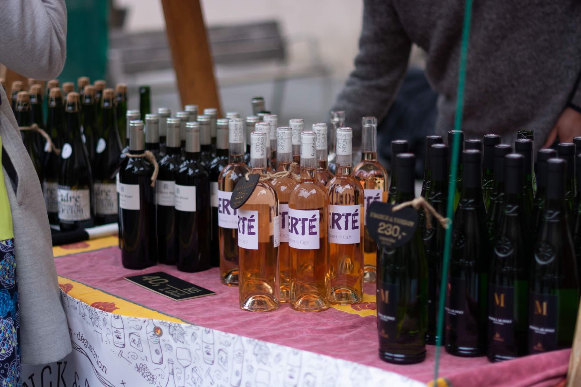 Nejpopulárnější vína byla červená z francouzské oblasti Bordeaux. Foto: Anna Viktorinová