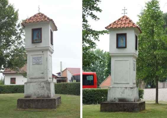 Boží muka u hřbitova - stojí v místě společného hrobu vojínů, kteří zemřeli v místní nemocnici během Sedmileté války v letech 1756-63.