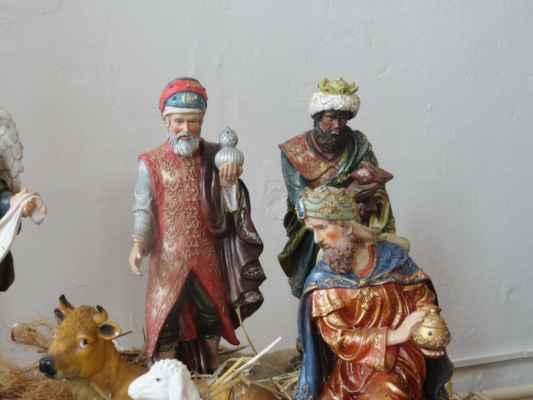 Narozenému  Božímu synovi se přišli poklonit i tři mudrci z Východu - častěji označovaní jako Tři Králové