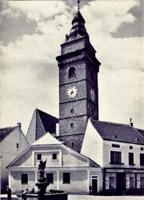 r. 1972_Slavonická věz z Horního náměstí