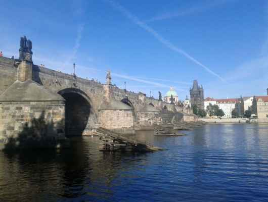 Praha - Staroměstská mostecká věž - Karlův most a Vltava