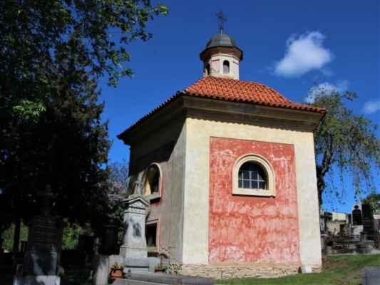 Hřbitovní kaple svatého Josefa, její původ sahá až ke konci 17. století.
