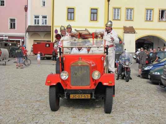 Propagační jízda automobilem PRAGA AN na Pyrocar 2011 (3.část)