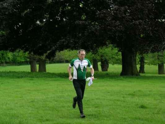 Prvni orientak v Anglii - 19.5. 2007 Wollaton park