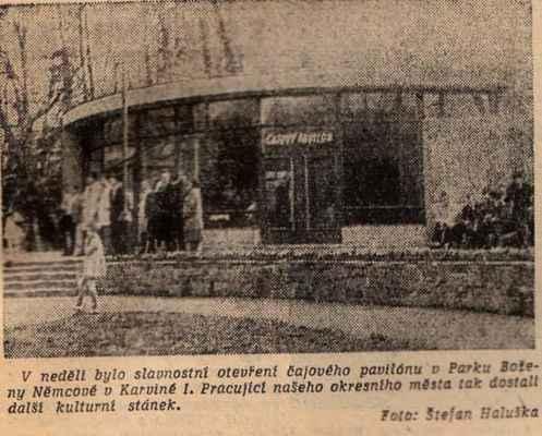 ARCHIVNÍ FOTO: čajový pavilon v parku, rok 1963