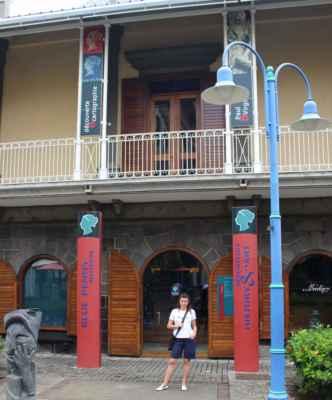 "muzeum ""modrého a červeného Mauricia"""