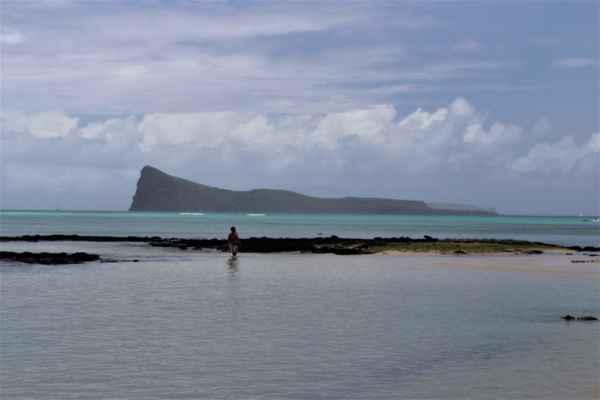 pohled na ostrůvky v severní části ostrova Ile Plate