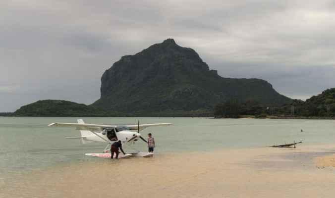 hydroplán - nabízejí se lety na 30 minut