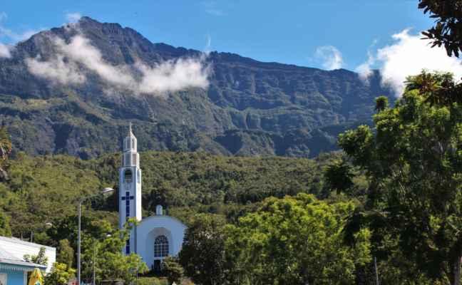 kostelík v horách