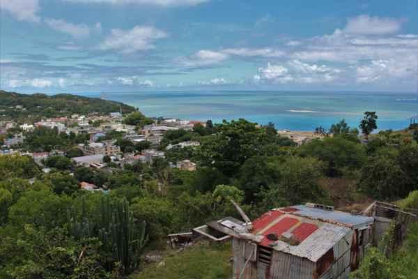 hlavní městečko ostrova zvané Port Mathurin