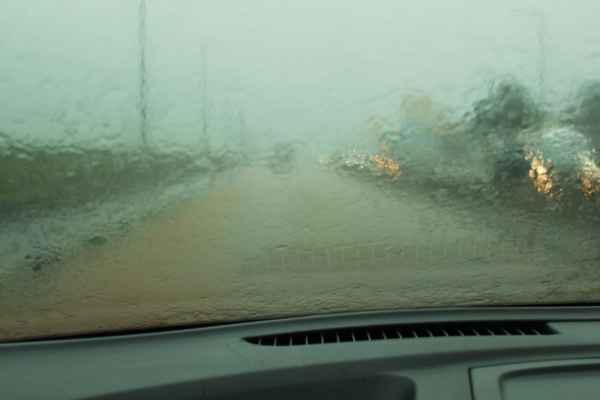 i takhle to vypadá na Mauriciu - pořádná bouřka