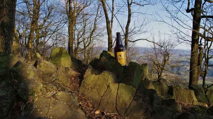 """ze včerejší """"záchranné mise"""" do varndorfského pivovaru jsme si s kamarády dovezli několik lahváčů..."""