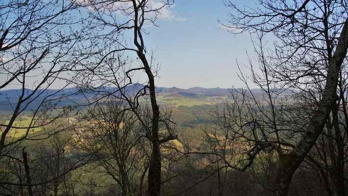 lužické hory s jedlovou, pěnkavákem, studencem, velkým bukem, zlatým vrchem, malým bukem a klíčem...