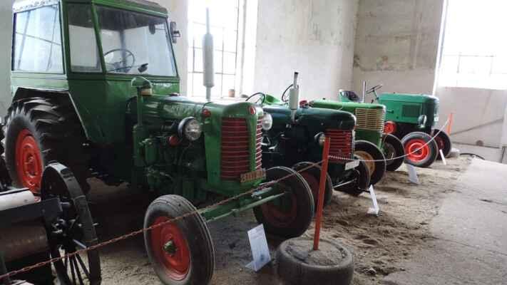 Zemědělské tahače, traktory Zetor.