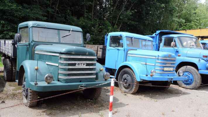 Tyto náklaďáky pamatuje málokdo. Byly dováženy z Maďarska a byl to vůz D 352 Czepel.
