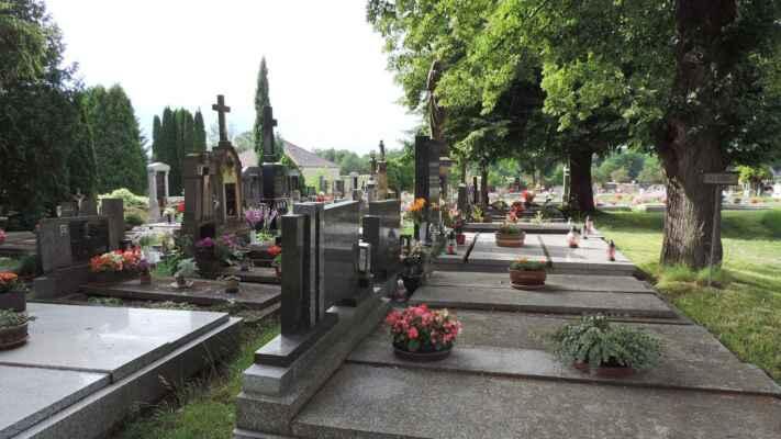 I hřbitovy mají své osobité kouzlo.