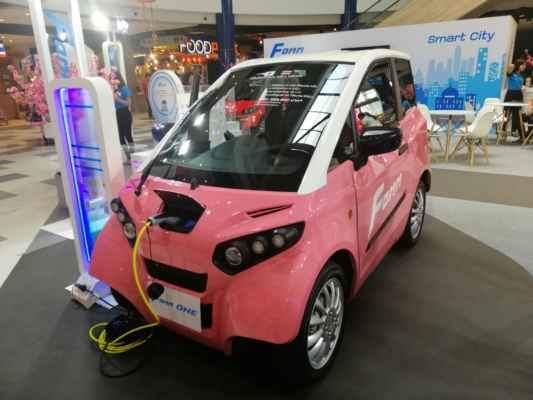 Japonská elektrická autíčka.