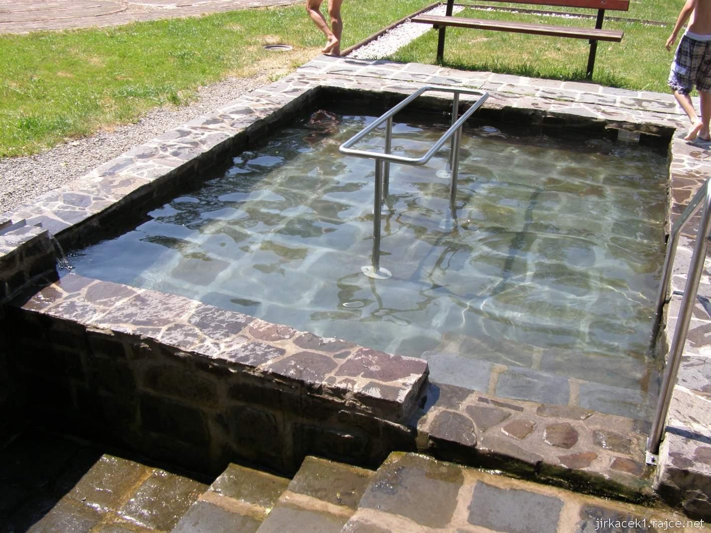Bělá - Priessnitzovy přírodní lázně 08 - koupací bazén
