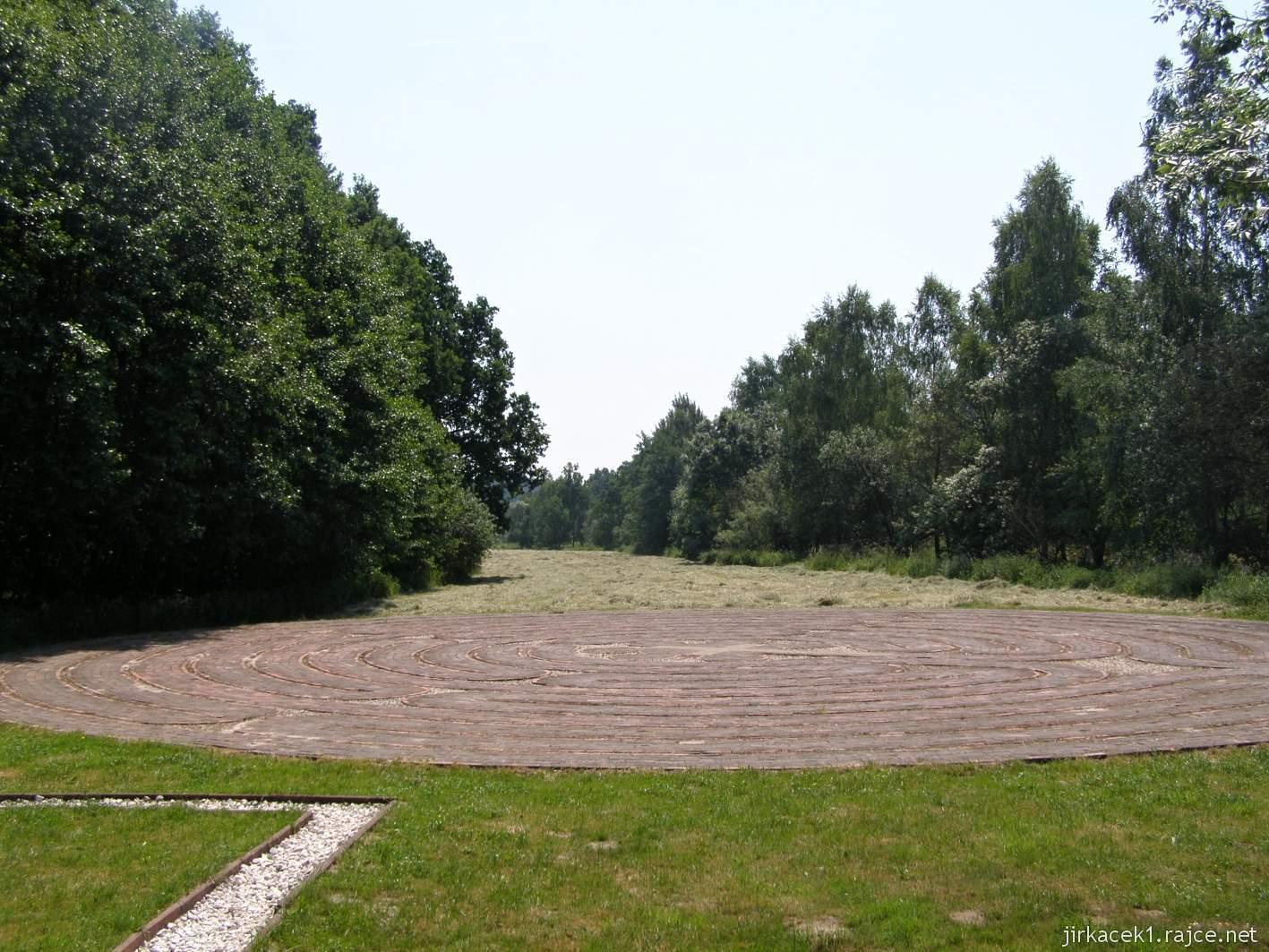 Bělá - Priessnitzovy přírodní lázně 11 - Křesťanský labyrint