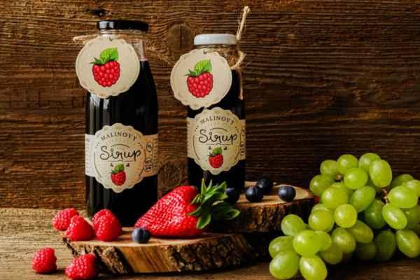 Malinový sirup pro děti bez přidaného cukru - Vyzkoušejte zdravý malinový sirup. BEZ chemie, BEZ přidaných cukrů. Tekuté ovoce v lahvi. Na 1 litr sirupu je potřeba 6kg ovoce: https://www.slaskoukjidlu.cz/malinovy-sirup/