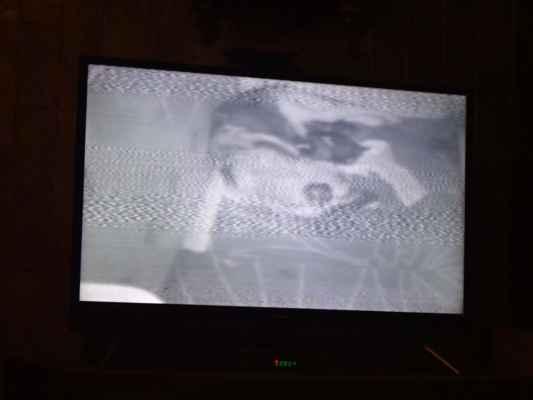 A takhle vypadáme na špionážní kameře.