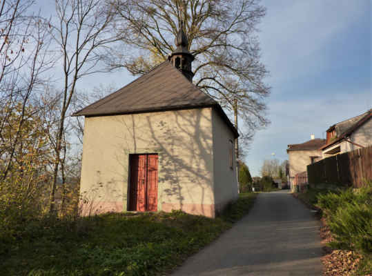 Lhotka - kaple sv. Barbory_2014