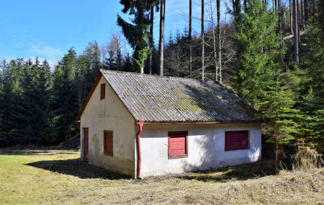 Lhotka - hasičská chata v Beranových dolech