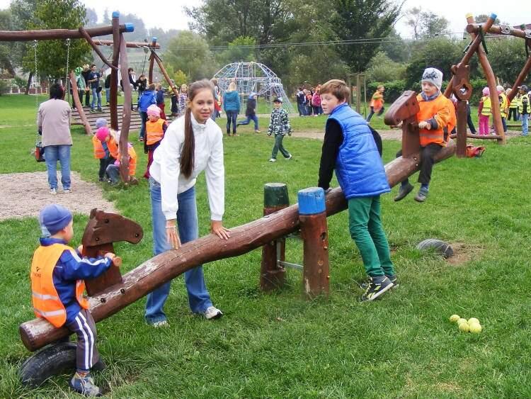 Sportovní odpoledne na dětském hřišti